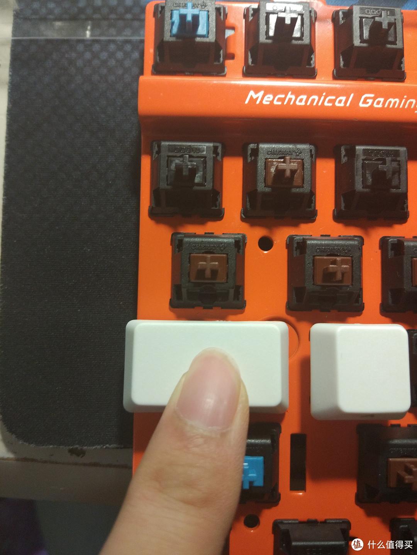 #原创新人# 一个理科男的工科梦——Rapoo 雷柏 V500 键盘 换轴&喷漆&键帽浸染&加灯改造过程