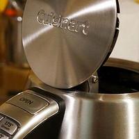 厨神的厨房 篇六:#本站首晒# 饮者必备的颜值担当 — Cuisinart CPK-17 无绳电热水壶