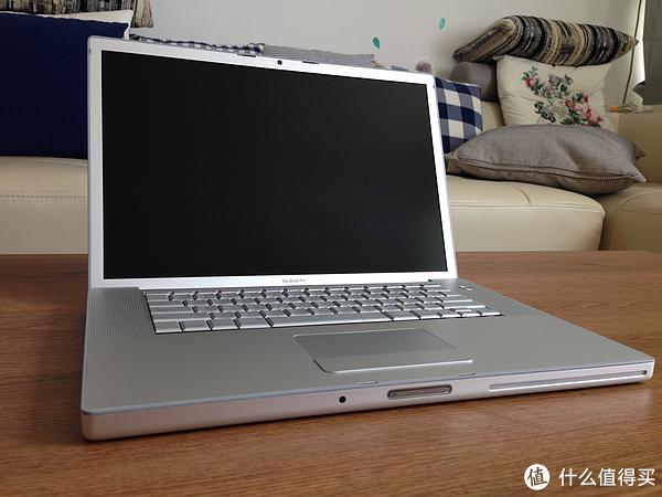 #首晒# 回到过去:初代 APPLE 苹果 MacBook Pro 4.1 笔记本电脑