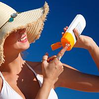 防晒不足量=白用!这18种热门防晒霜,哪种用再多也不油腻?