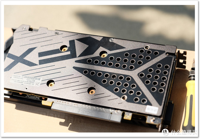 北极星 XFX RX480黑狼进化版 显卡开箱