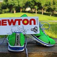 实力不够,跑鞋来凑 — 记一双最专业的小众跑鞋Newton GRAVITY V