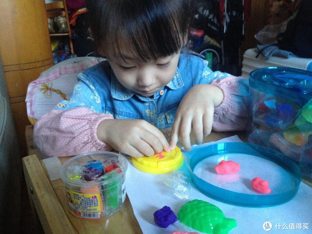 #原创新人#孩子的橡皮泥挺好玩