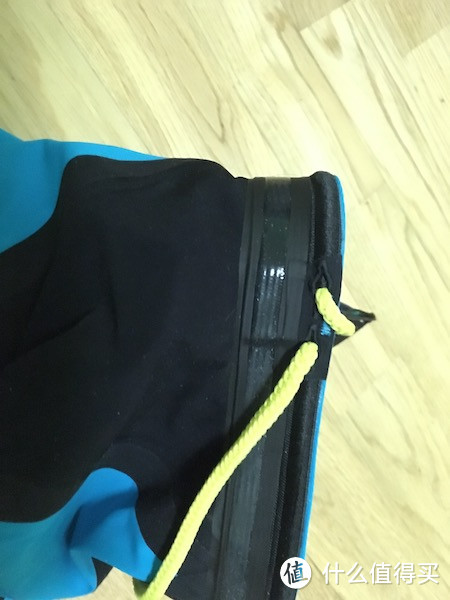 除了Speedo Arena的选择——FINIS 斐尼斯 竞赛泳裤