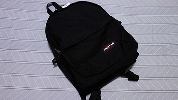 EASTPAK  EK898363双肩包开箱展示(肩带|标签|卡扣|拉链)