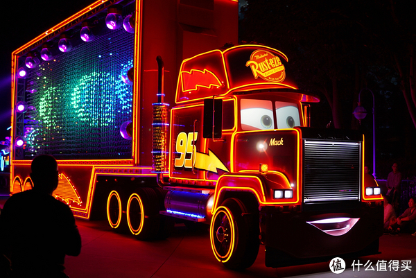 迪士尼选香港还是选上海?看这一篇就够了!