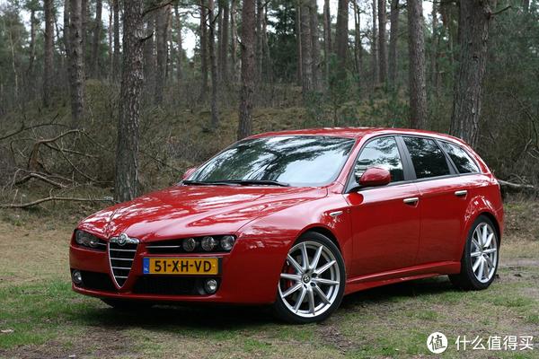 披着Alfa Romeo皮的3系 — Giulia快评