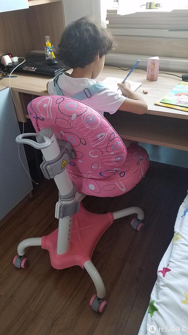 适合最重要——心家宜儿童学习椅初体验
