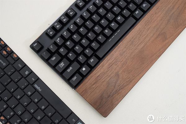 没想到你是这么薄的机械键盘  达尔优 EK820 开箱感受