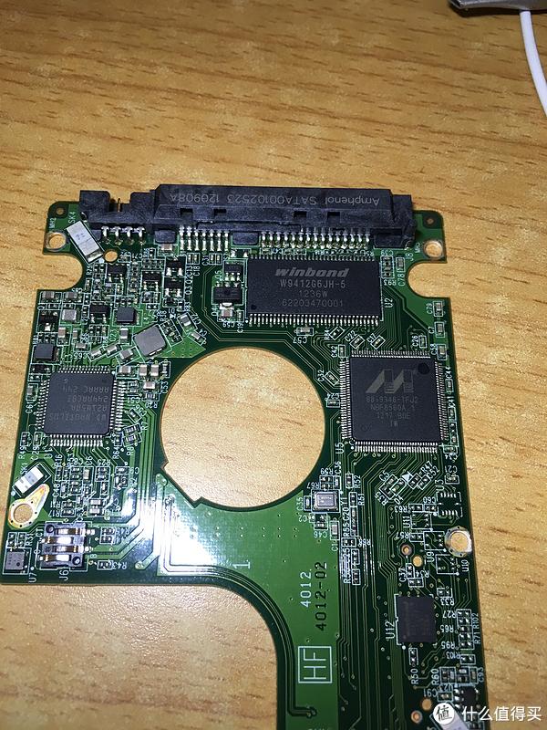 WD 西部数据 WD10JPVX  2.5寸 1TB 笔记本硬盘 拆解