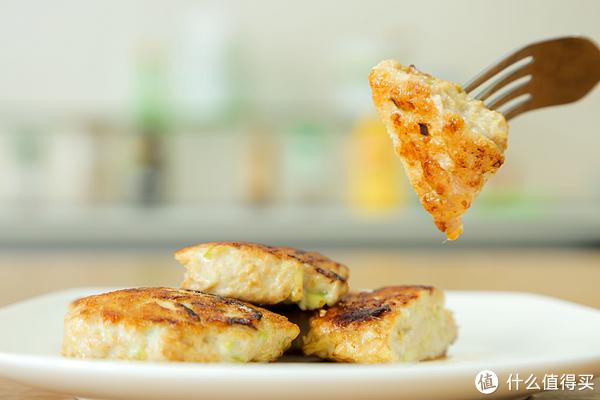 鸡胸肉做法9 | 减脂期间不是只能吃水煮、蒸、凉拌鸡胸肉,煎的也可以!