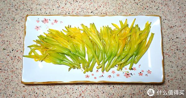 对木须肉的补完 - 来讲讲新鲜黄花菜怎么吃