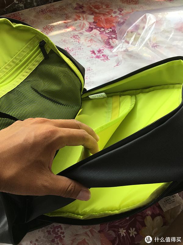 年轻人的第一款背包:小米 90分 全天候机能城市背包使用评测