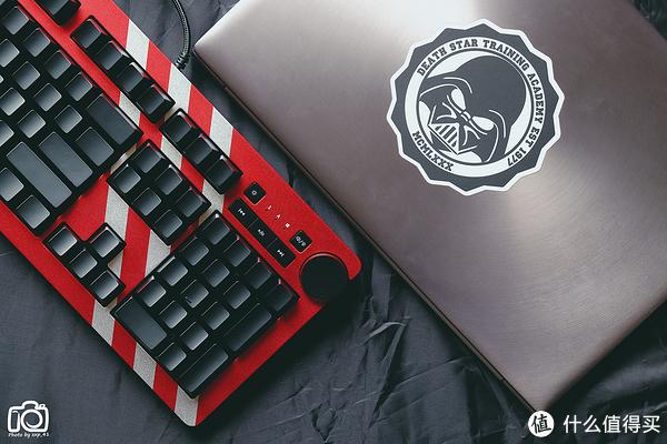 短平快测:大妈30外的31,AJAZZ 黑爵 AK60 RGB机械键盘 银轴版