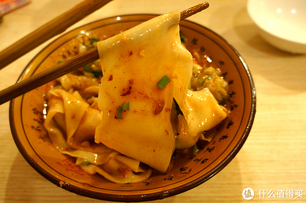 """西安什么值得吃?忘掉羊肉泡,来碗葫芦头 - 百年老号""""春发生""""&biangbiang面"""
