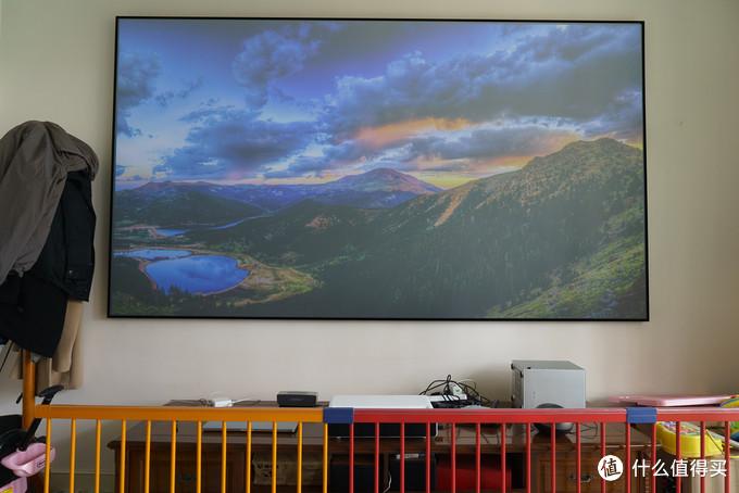 米家激光影院(小米激光电视)搭配120英寸黑栅抗光幕效果实测