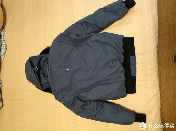 保暖不输大鹅的Moose Knuckles羽绒服 篇一:Men's Down Ballistic Bomber Jacket简晒