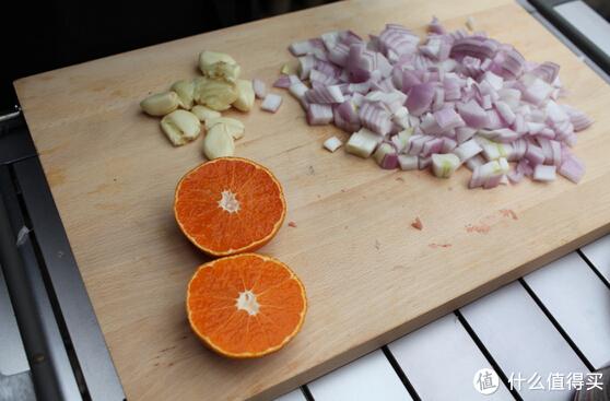 生活不止眼前的撸串!亲测3种炭烤猪肋排的做法,分享给你