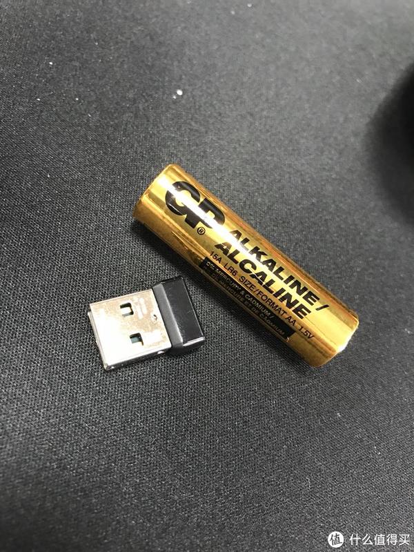 送的gp电池,土豪金。