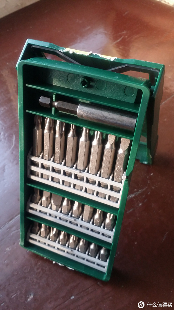 """男人的生产力工具 篇一:BOSCH  博世 25支 """"X""""型 盒装螺丝批头套装 开箱小试"""
