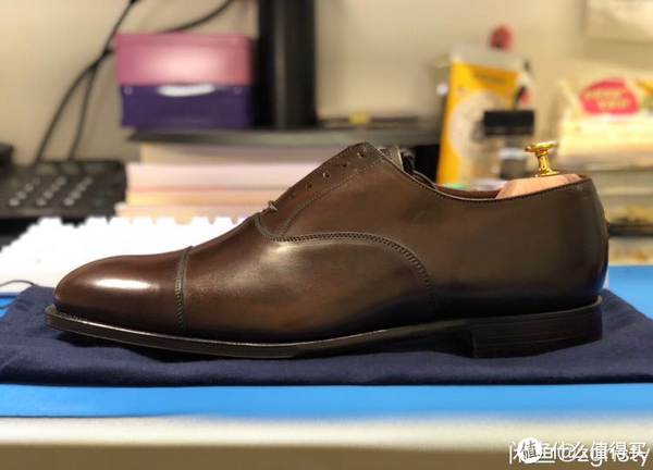 Crockett & Jones Handgrade系列