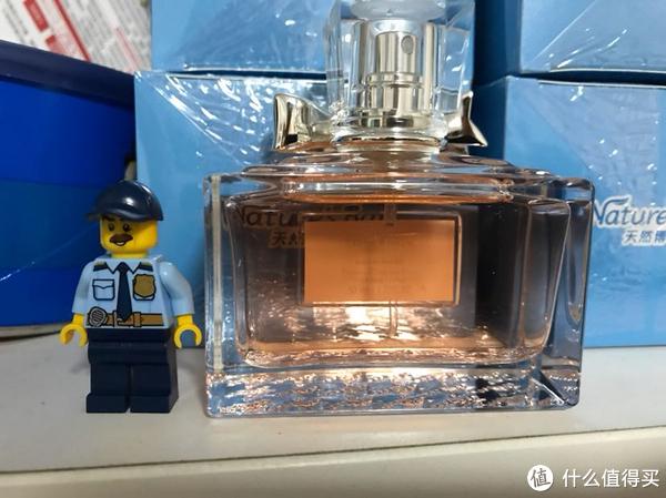 送给老婆的香水—克丽丝汀迪奥小姐漫舞花漾香氛50毫升开箱