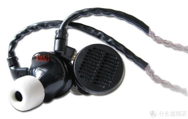 UM首款平板单元定制耳塞ME.1