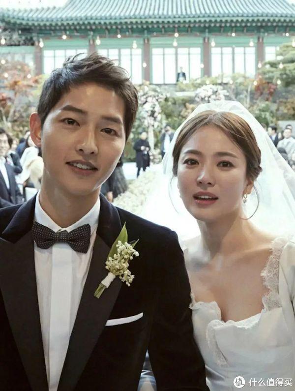 Fa会穿 篇一:张馨予选的婚纱和她选的老公一样棒!
