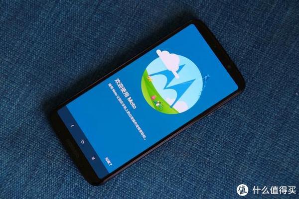 手机王者Motorola再发新品,z3刀锋极致纤薄