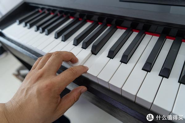 不谈考级,只说兴趣—GEEK 极客 K2 智能钢琴 开箱体验!