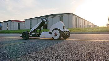 回头率飙升!Ninebot 平衡车带你体会飙车漂移感!——年轻人的第一辆卡丁车