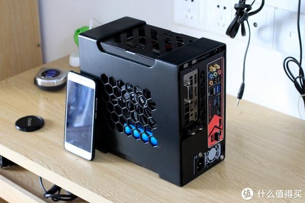 作者:老鸽 warhead nano配置R5 1600+GTX1070