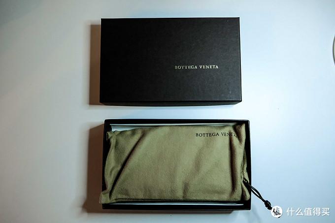 在低调中好嗨哟,Bottega Veneta葆蝶家骚蓝色编织皮革长款钱包开箱