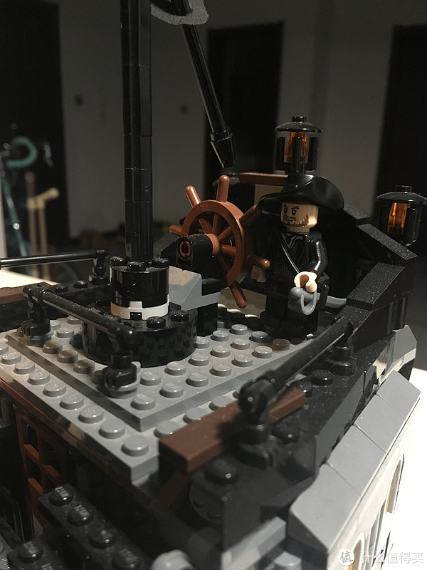 谁才是加勒比海的王者—lego黑珍珠号与安妮女王复仇号对比