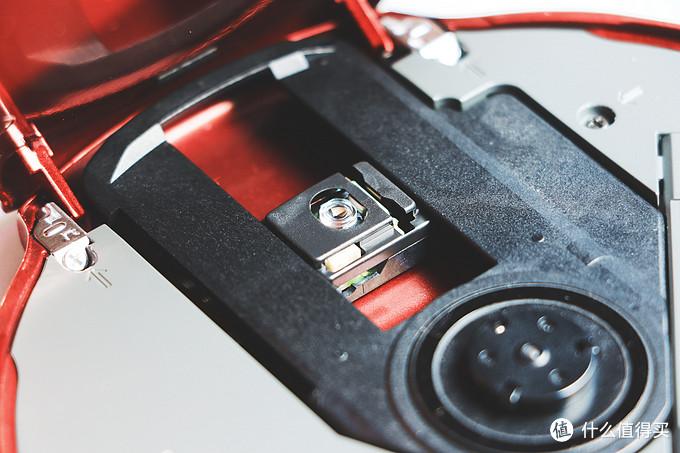 机仓内cd转子、激光头特写