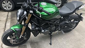 提贝纳利752S摩托车外观展示(仪表|轮胎|卡钳|离合器|发动机)