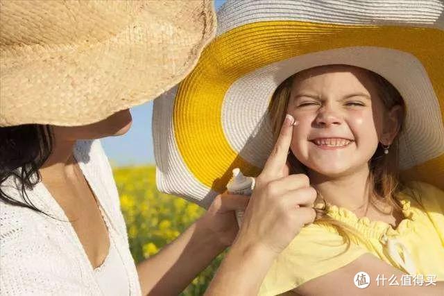 """注意,儿童防晒衣""""水很深"""",你选的那款真的足够安全吗?9款测评告诉你"""