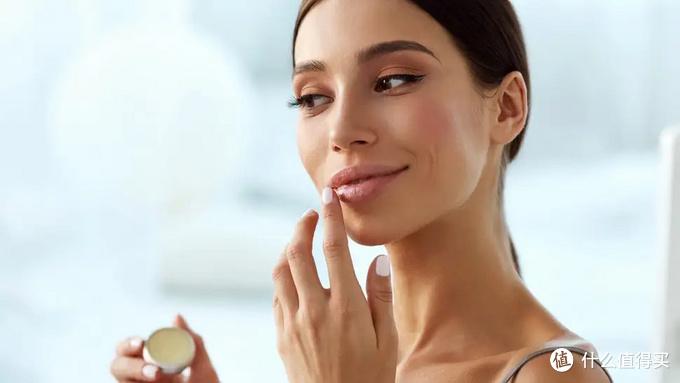 用过上百支润唇膏,这6支推荐给你拯救沙漠唇