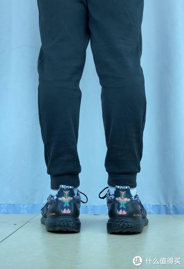 第一双真正的跑鞋——adidas UltraBOOST DNA