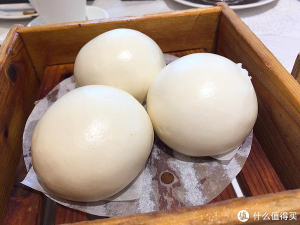 广州酒家天极品的流沙包