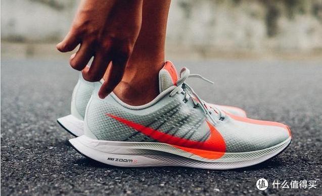采用ZoomX技术的跑鞋目前是马拉松赛场上的冠军收割机