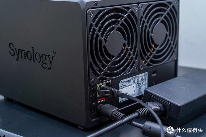 群晖NAS从入门到精通,DS918+NAS:目前最适合家用的四盘位NAS深度体验!告别小白!