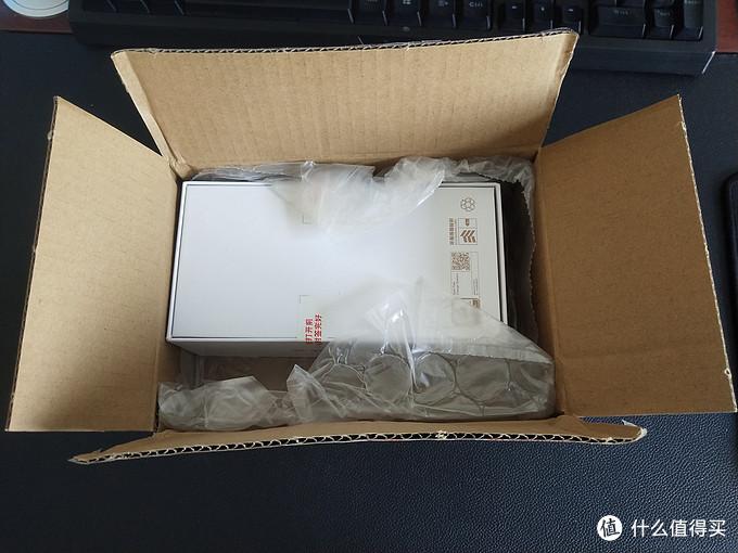价格坚挺的国产之光——华为NOVA 7 SE 5G手机开箱