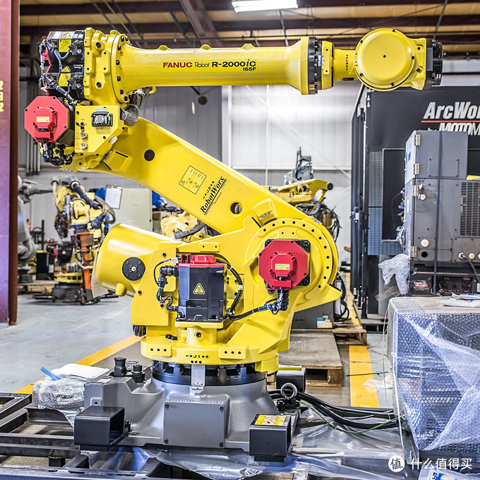 日本Fanuc R2000ic 工业机器人模型详细开箱