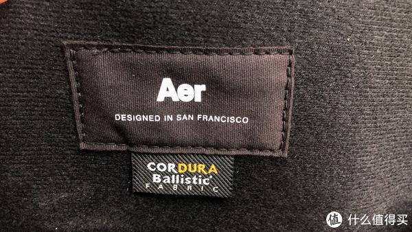 包里的商标及材料说明,产地旧金山?