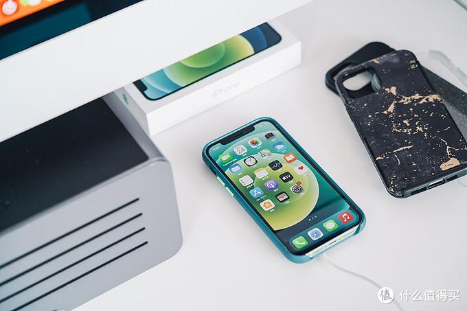 iPhone 12首发全面测试,关于快充、磁吸、手机壳膜那些事