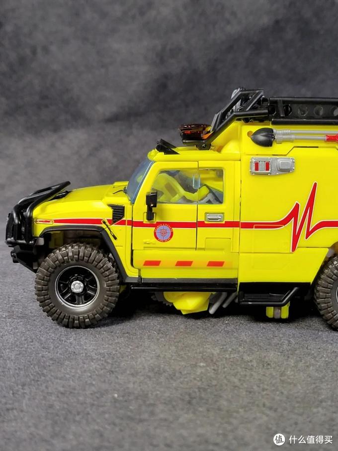 第一波汽车人到齐了——MPM11救护车开箱