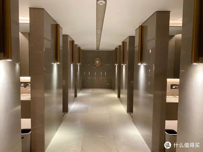 斥巨资体验了国内目前最贵的澡堂子