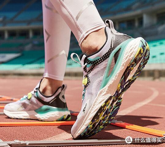以前没钱没国产,现在没钱买国产?8款国产200元以内优质跑鞋推荐。