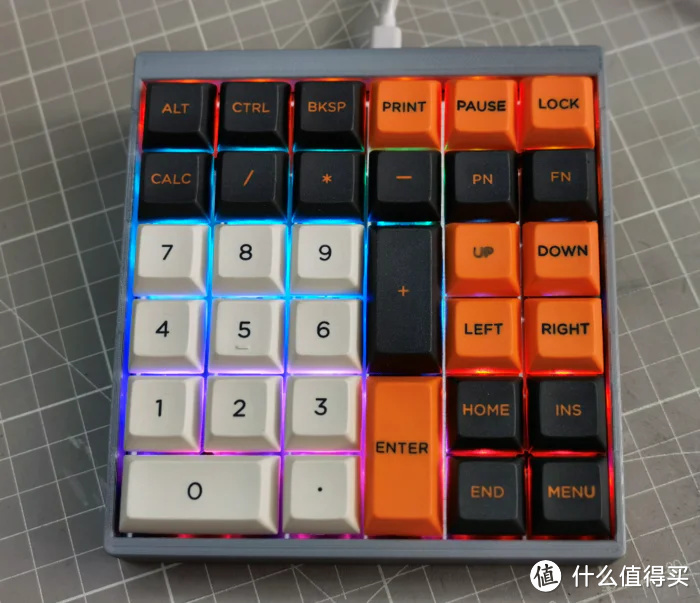 QMK小键盘 附QMK RGB显示大写状态和键层状态教程